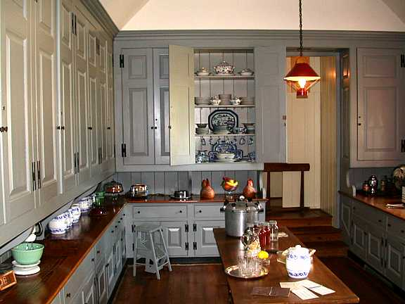 Plantation Homes Kitchens